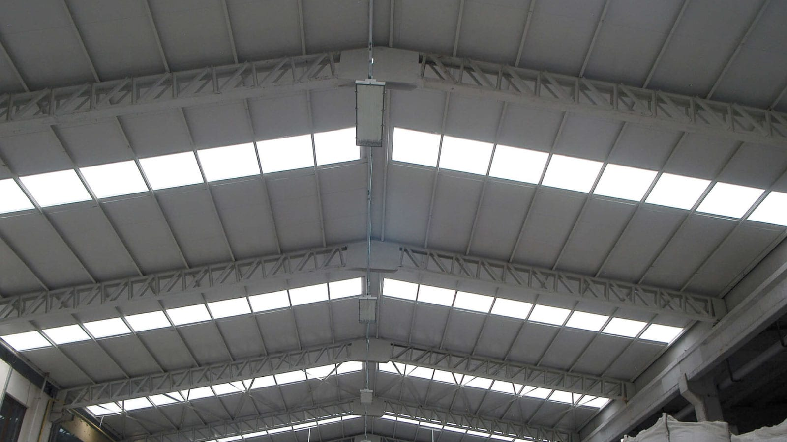 Fibreglass Roofing Panels (FRP) for Industrial and Commercial Facilities 7